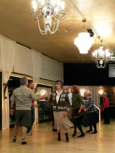 2016-3-27 Tacoma Scottish Country Dancers at Studio 6 Ballroom Event Hall and Studios (1)
